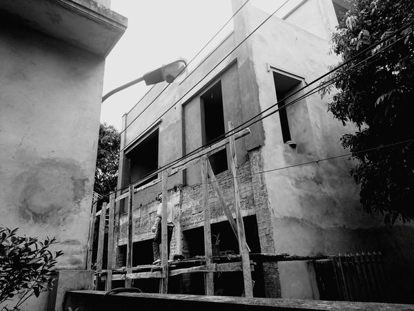 Build house Building 43 Golden Moments Eyeem Collection Blackandwhite Black And White Builder Builders Hiendat Showcase July