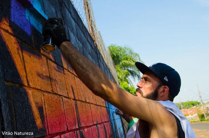 Streetphotography Artphotohraphy Victornatureza Olharnatural Fotodocumental Creativity Street Art Documentaryphotography Graftti Multi Colored Docmentaryphotografer Art165 Ora