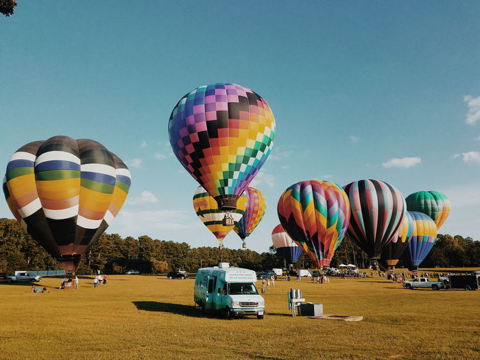Where the spirits are high and the attitudes low Hot Air Balloon Multi Colored Transportation Ballooning Festival Mode Of Transport Air Vehicle Fun Flying Outdoors Sky Day Eyem Market Eyem Best Edits Eyem Gallery Eyem Best Shots Atlanta, Georgia CallawayGardens America Lost In The Landscape The Great Outdoors - 2018 EyeEm Awards