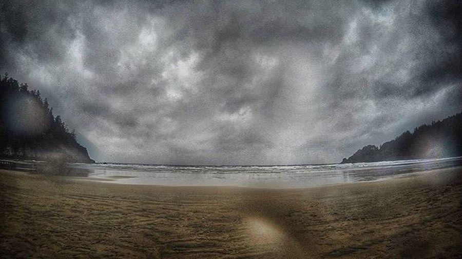 Reading week surf break in seaside why not? Getpitted Oregon Seaside Oregoncoast Surf Midtermbreak Paperdue Fuckit Vibeisreal