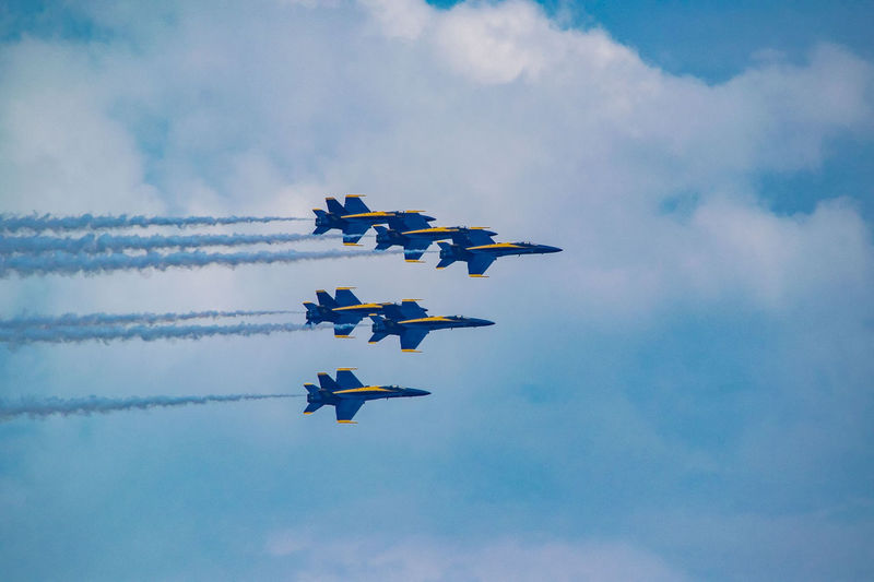 Aerobatics Airshow Teamwork Vapor Trail Flying Arrangement Airplane Sky Cloud - Sky Fighter Plane Military Airplane US Navy Formation Flying Aircraft Wing Stunt Air Vehicle Acrobatic Activity Military Aerospace Industry