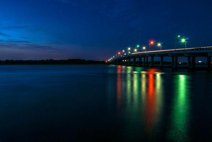 Long exposed. Long Exposure Silhouette Water Reflections EyeEm Charleston