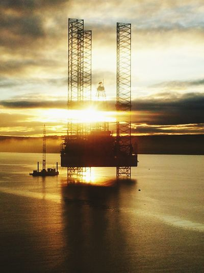 Jack up rig at Invergordon Industry Water Oil Industry Sunset No People Offshore Platform Outdoors Sky Drilling Rig Offshore Offshorelife Offshore Life Oil Rig Oil And Gas Offshore Drilling Rig Offshore Oil Rig Offshore Mobile Platform Offshore Oil-drilling Rig Oil EyeEmNewHere