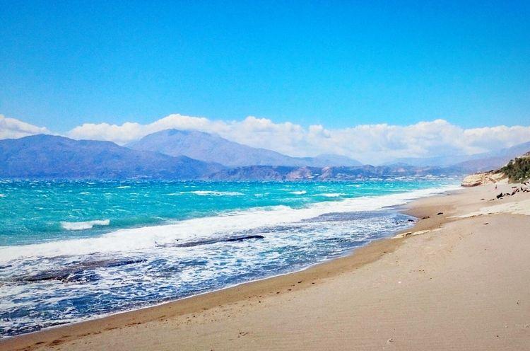 Sea Beach Sand Wave Mountain Landscape No People Scenics Cloud - Sky Outdoors Nature Water Day Sky Beauty In Nature Kreta Crete Komos Beach