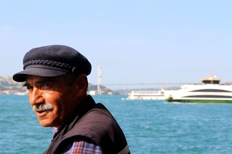 Cheese! Colour Portrait Turkey Cityscapes Eye4photography  OpenEdit Streetphotography Istanbul Turkey Portrait Sunshine Enjoying The Sun Minimalist The Portraitist - 2016 EyeEm Awards