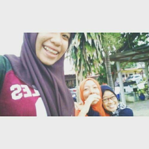 Love sisters