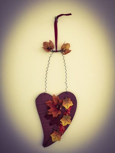 Leafs Autumn Ornament Wall Wood Hung Vignette