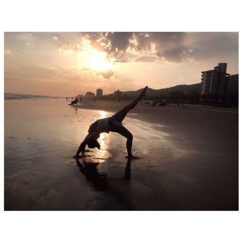 Me Beach Yoga Aloha 🌸🌛🌊☀️