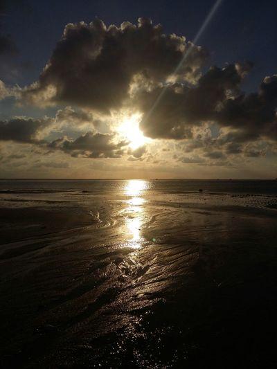 Vacation time 🌅🌊🏊 Sea Sunshine Sky Clouds And Sky