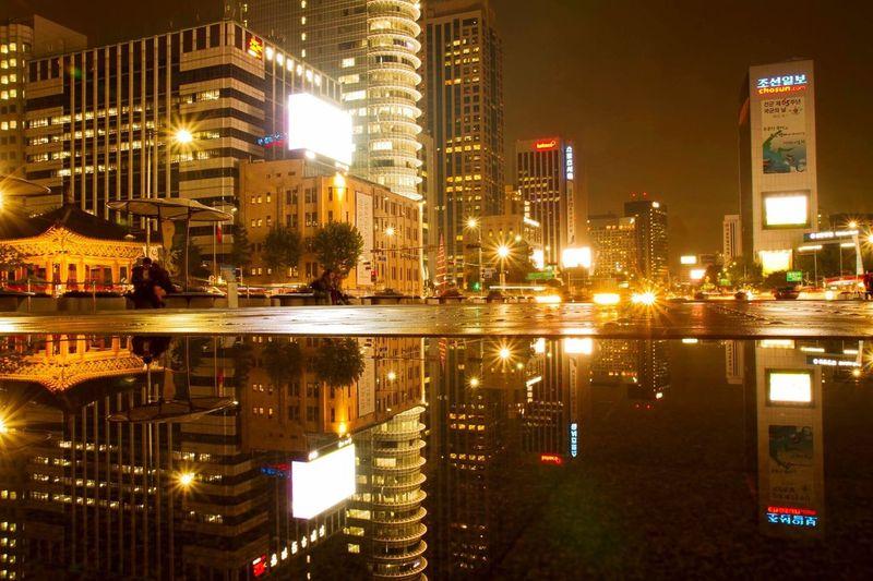 광화문사거리 교보문고앞 No People Reflection City Night First Eyeem Photo