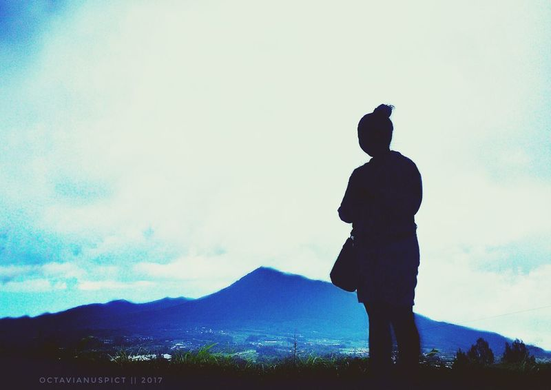 Silhouette One Person Landscape Sky Outdoors Young Adult Day Eyeemindonesia INDONESIA Photophone  Octavianuspict Photophone  EyeEm Best Shots Lenovoa6000 EyeEm Gallery Phoneography PhonePhotography Phonegraphy_indonesia One Woman Only Octavianuspict