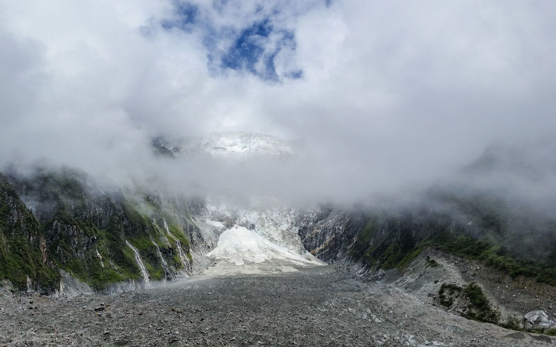 Atmosphere Atmospheric Mood Beauty In Nature Cloud - Sky Cold Temperature Countryside Hailuogou Valley Landscape Majestic Mountain Mountain Range Non-urban Scene Outdoors Remote Scenics Sichuan,China Sky Snow Solitude The Way Forward Tourism Tranquil Scene Tranquility Wilderness