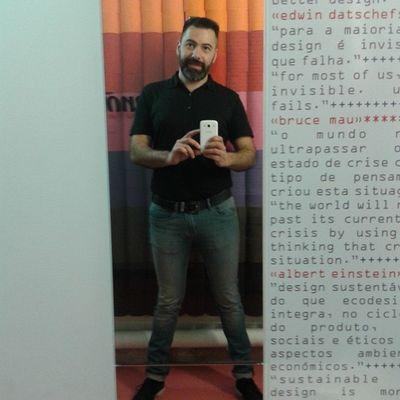 Bathroom selfie @MUDE Me Gpoy Selfie Beard Renova MUDE