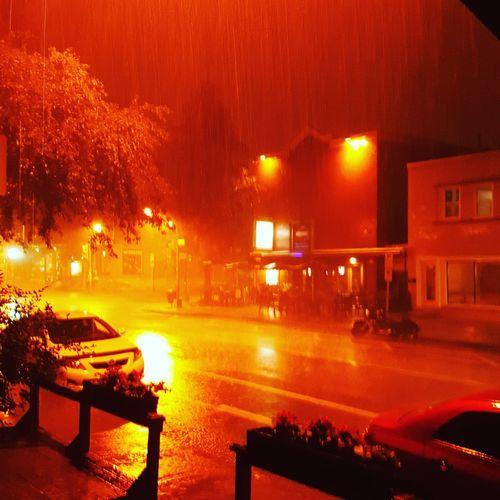 Pluie Pluie D'été Illuminated Night Wet Water Outdoors City
