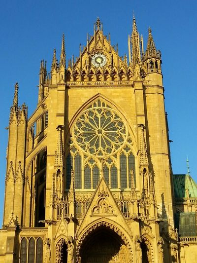 Travellover Reisen Ist Meine Medizin Blue Sky Cathedral Cathedrale History Historic Metz Metz, France Religion Building Beauty In Nature Tourism Tourist Attraction  Tourist Destination Travel Photography Travel Religion Architecture Place Of Worship Ornate Spirituality History Built Structure Clear Sky Day Sky Outdoors