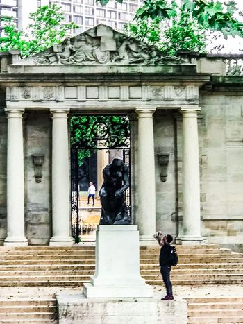 I think therefore... The Thinker Rodin Museum Built Structure Architecture Real People Architectural Column Building Exterior Men An Eye For Travel Outdoors History People Lifestyles Tree Day
