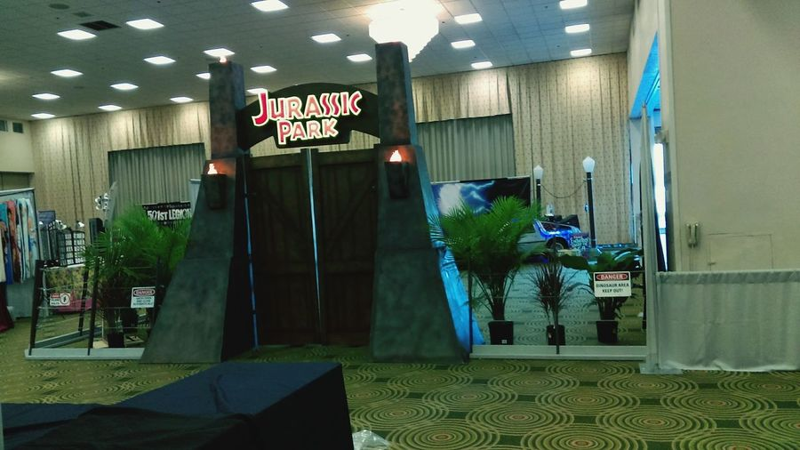 Jurassic Park setup entrance at Omni Expo 2016