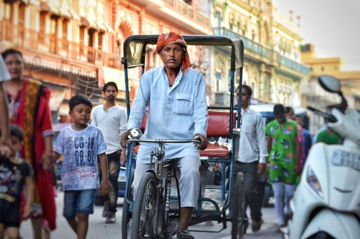 Potrait photography on Indian streets Potrait Photooftheday Street Photography Oldman TukTuk Indian Culture  Indianstreets Marketplace Bicycle Cycling City Mode Of Transport Street Transportation City Street People Outdoors Happiness City Life Men Young Men Adult Young Adult Adults Only