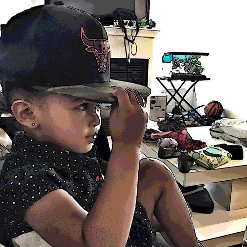 Zahra in my bulls hat