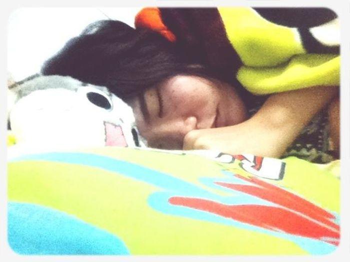 อากาศเปลี่ยนนอนห่มผ้ากันด้วยนะ ^^