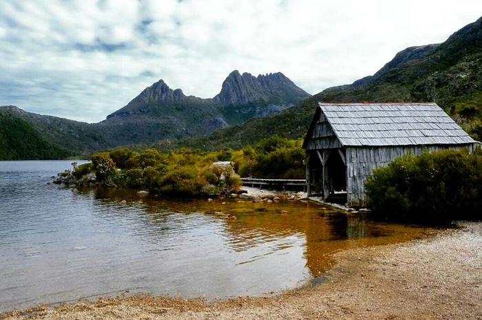 Landscape Mountain Lake No People Scenics Cloud - Sky Outdoors Day Tasmania Nature Reserve Beauty In Nature Idyllic Atmospheric Mood Travel Cradle Mountain Australia Good Times Hikingphotography