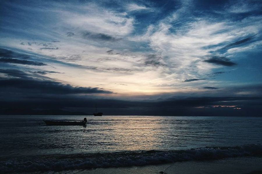 Sunset Sea Landscape Water Dramatic Sky Cloud - Sky Scenics Horizon Over Water Tranquil Scene Beach Reflection No People Nature Outdoors Sky Tranquility Blue Beauty In Nature Night