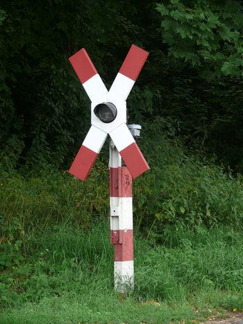 Alte Zeiten Andreaskreuz Bahnübergang Day DDR DDR Grenze Ehemalige DDR Grass Nature No People Ostalgie Outdoors Red