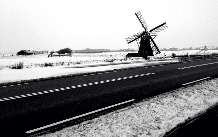 Snow Mill AMPt_community NEM Black&white
