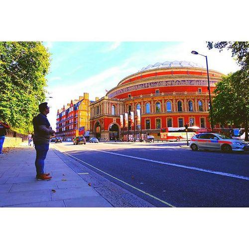 """Royal Albert Hall"" Travelling Travel RoyalAlbertHall London Cityscout Citycenter Streetstyle Streetwear Streets Landmark Destinations Fujifilm Fujixseries Fujixa2"