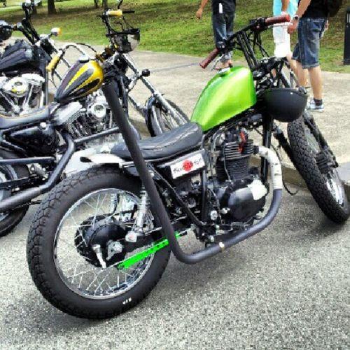 super weekend parking Chopper Bobber Kawasaki Tr250