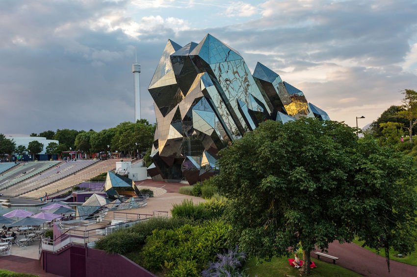 Futuroscope Theme Park Futuroscope Theme Park | Poitiers - France Futuroscope2017 Leisure Park Modern Architecture Air Bar Architecture Building Exterior Built Structure City Cloud - Sky Day Growth Large Group Of People Nature Outdoors People Sky Tree