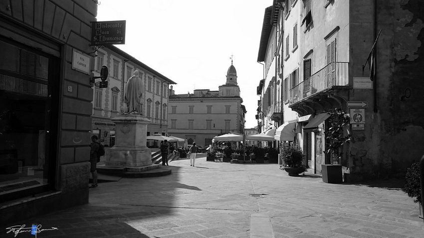 Showcase July On The Way City Street Photography Old Town Arezzo Italy🇮🇹 Black And White Arezzox Z3 Xperia Black & White
