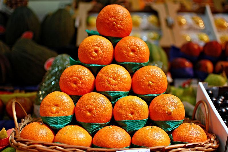 Tangerine Orange - Fruit Fruit Freshness Healthy Eating Citrus Fruit Market Food And Drink Large Group Of Objects Indoors  Food Close-up No People Abundance Business Finance And Industry Day Blood Orange
