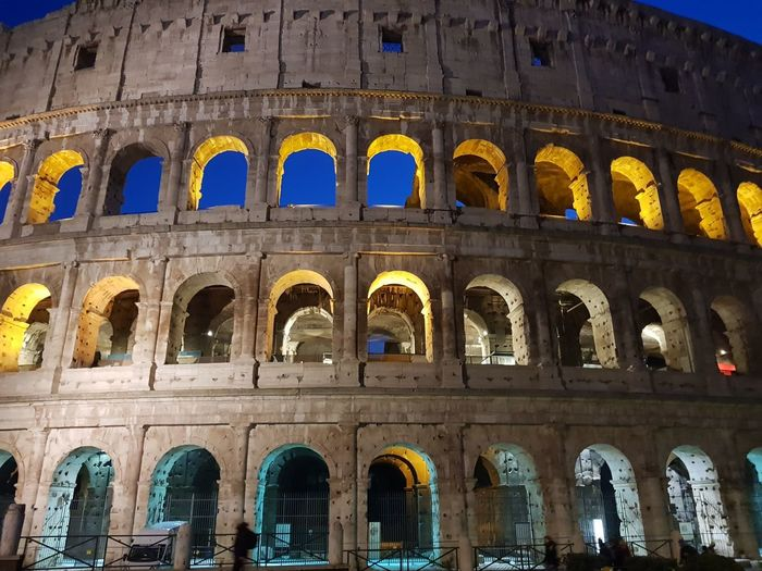 colosseo, coliseum City Ancient Civilization History Arch Old Ruin Cultures Architecture Built Structure Travel Amphitheater Ancient Rome Arched Ancient Architectural Column Archaeology Entryway Roma Pillar Ancient History Civilization Roman Historic Hanging Light Arcade Athens The Past