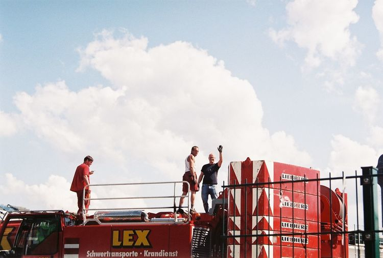 Analogue Photography Berlin Cityscape Construction Site Workers Cityworkers Industrial Landscapes Men Outdoors Real People