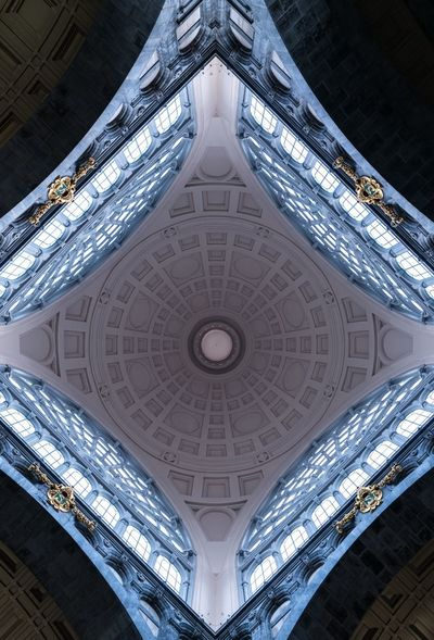 🔷 Lookingup Belgium. Belgique. Belgie. Belgien. Etc. Belgique Belgium Antwerp, Belgium Antwerp Antwerpen Architecturelovers Architecture Ceiling Built Structure Indoors  Low Angle View Dome Symmetry Illuminated