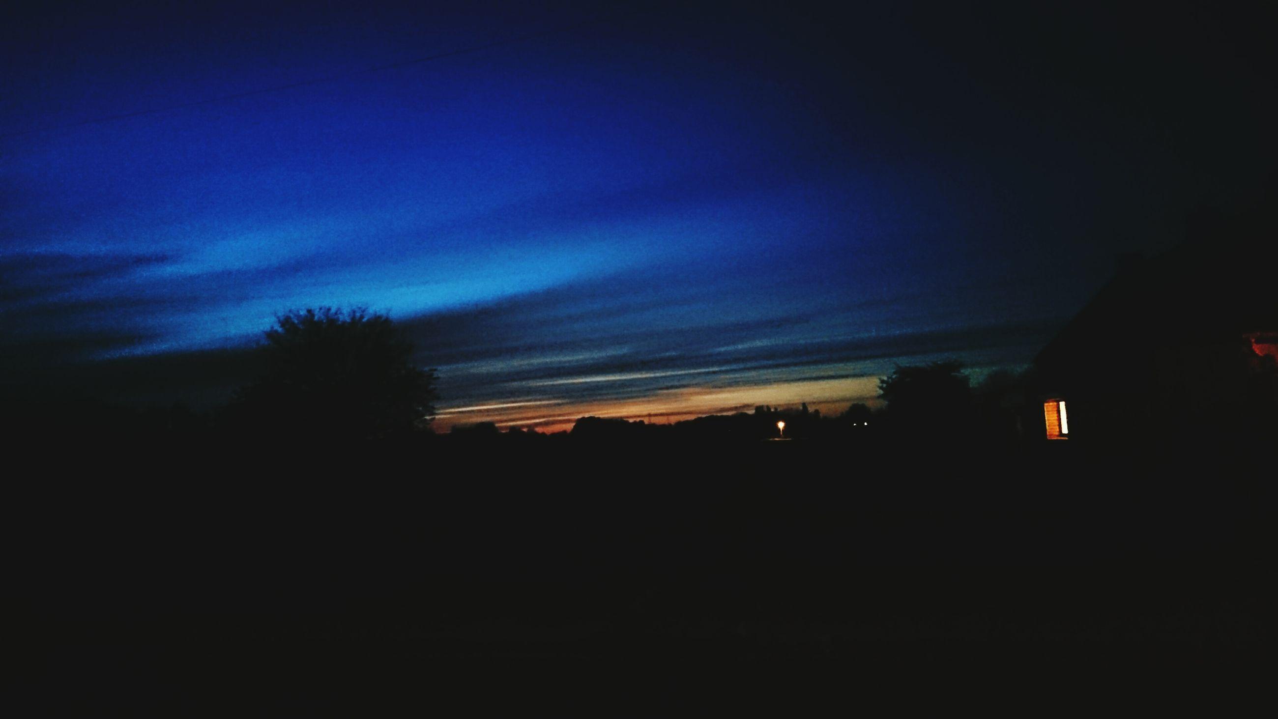 silhouette, sunset, sky, scenics, dark, beauty in nature, tranquility, tranquil scene, tree, cloud - sky, nature, dusk, landscape, copy space, idyllic, built structure, cloud, dramatic sky, orange color, outline