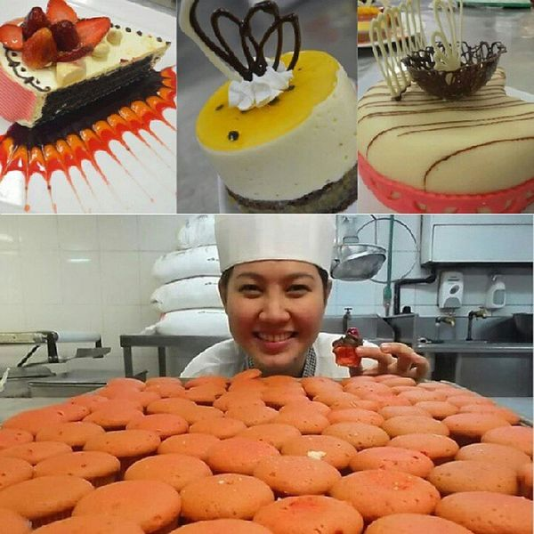 Chef julie! I really miss baking with my team :/ Pastries Muffins Cakes Baker