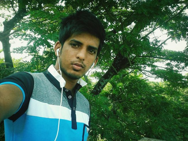 in my fvrt place... this is my hostel. That's Me Enjoying Life Hello World Today's Hot Look