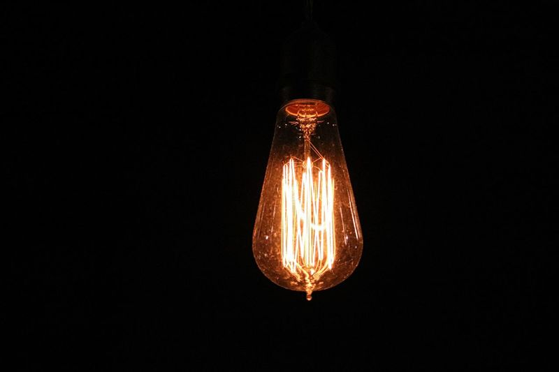 Black Background Close-up Copy Space Dark Darkroom Edison Edison Bulb Edison Light Bulb Edisonlamp EdisonLight Electric Light Electricity  Filament Glowing Ideas Illuminated Light Light Bulb Light Bulb Light Light Bulb Moment Light Bulbs Lighting Equipment Night Light Night Light Show Studio Shot