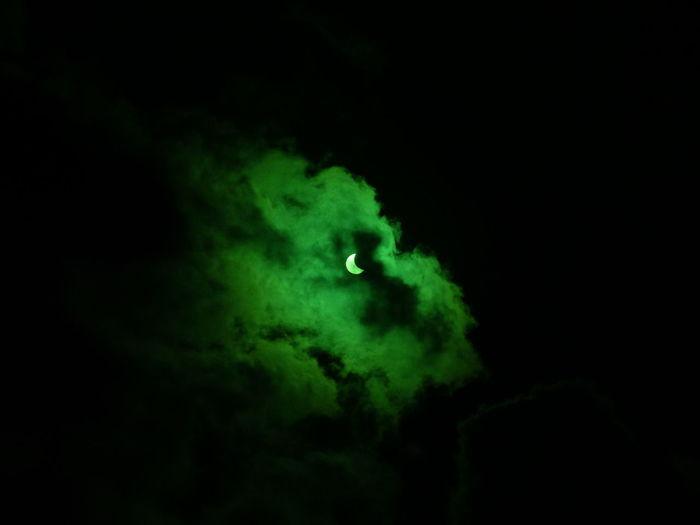 Dark Dark Sky Green Green Clouds Moon Clouds Eclipse Eclipse 2017 Spooky Sun
