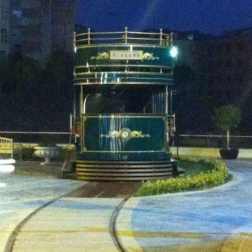 Istanbul Kagithane Avm Vialand  nature manzara turkiye architech mimari tren train tramvay