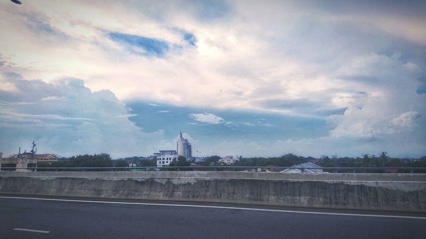 Cityscape Sky City Urban Skyline At Alor Setar Malaysia Sony Xperia Z5