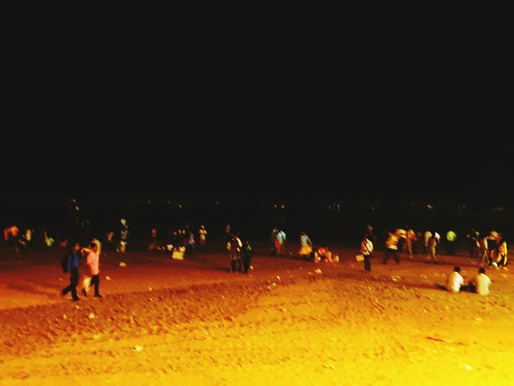 MumbaiDiaries Beach Life Night Sand Women People Large Group Of People In Love With Life Real People Nature Loving This City Arabian Sea Beauty In Nature Landscape_photography Water Sea Sreetphotography The Week On EyeEm