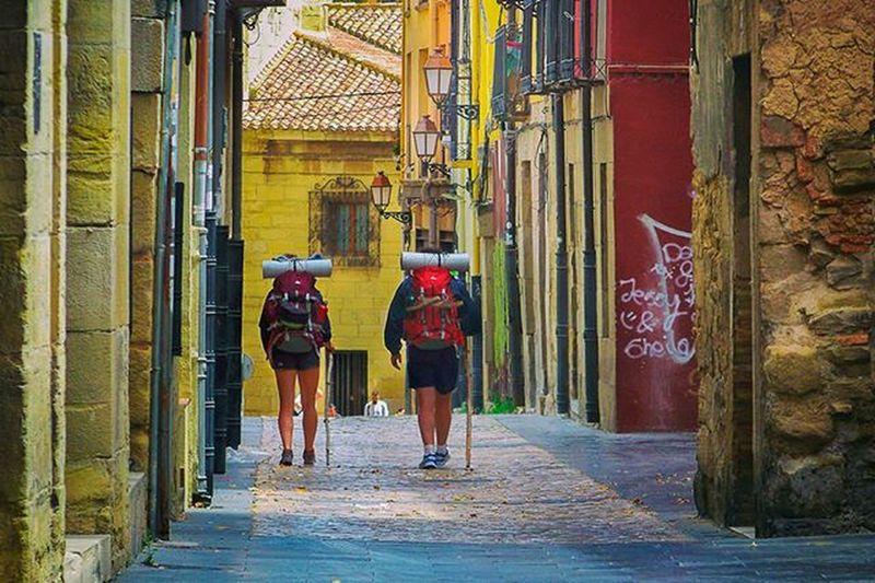 Peregrinos CaminodeSantiago Logroño Larioja SantiagoWay Pilgrims Ontheway