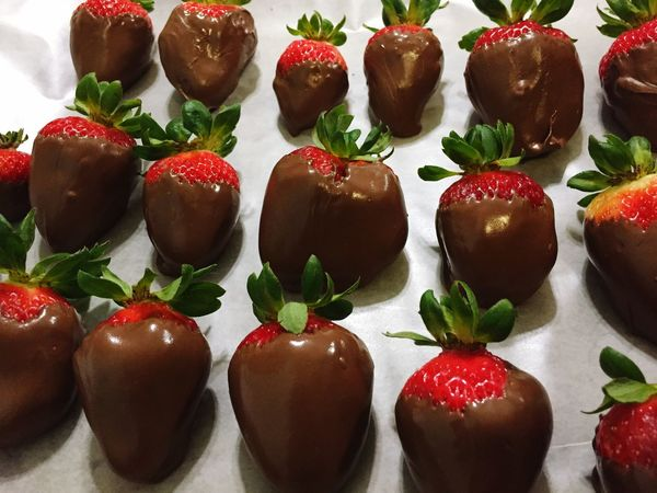 Chocolate Covered Strawberries Dessert