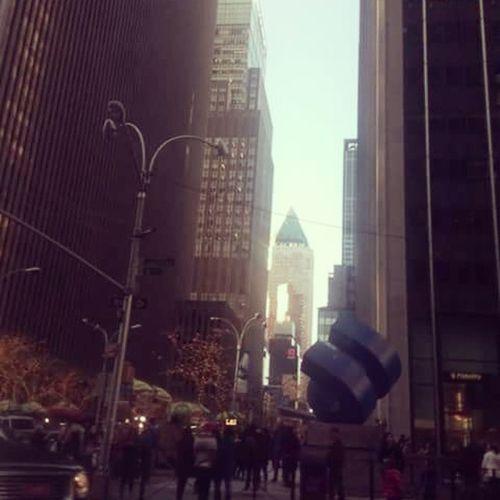 It's great to see your dreams come true...♥ Lovenewyork NYC Manhattan BeautifullCity USA Vscogood VSCO EE.UU People Wintercold Photography Beutiful City Centralcity