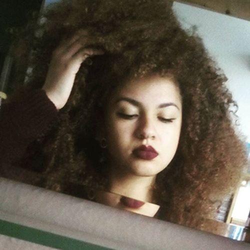 🍂🍁🍃🌰🌿🌾 Pale Palegirl Autumnlover Cold Sweatherweather Mulatto  😚 Byebyetan Darkcolorseason Lis Schmetterlingseffekt
