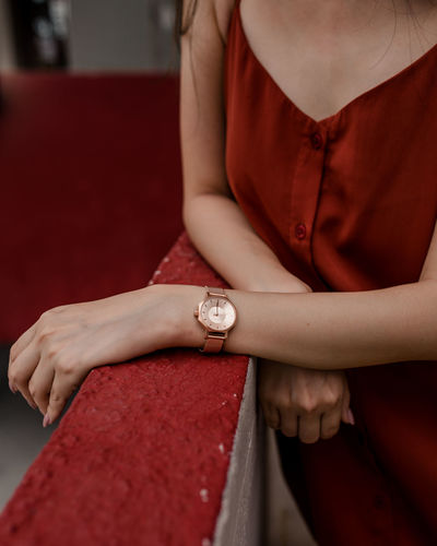 Watch Wristwatch Time Instrument Of Time Human Hand Hand Time Human Hand Red Red Carpet Event Arts Culture And Entertainment Close-up Checking The Time Wrist