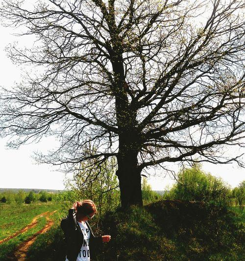 Nature/ forest/ tree/ girl/ tatarstan/ kazan